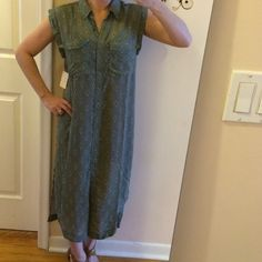 """Free people green button dish dress BNWT Bought online at L&T. It dues not have price but we all know how the pricing goes. It's definitely not a cheapie. A brand I find hard to keep in stock. Bust: 17"""". Can be worn as a dress or cover up. Slit on the sides: 20"""". Pockets in front: arm holes: 10"""". Collar: 2"""". Made of polyester. Feels lightweight and sheer. Shoulders. 5.5"""". Top of shoulder to bottom: 43"""" long. Wear unbuttoned or as a dress with tights. Use your imagination. Plus free gift to…"""