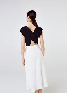 Top with bow at the back - View all - New in - Uterqüe United Kingdom