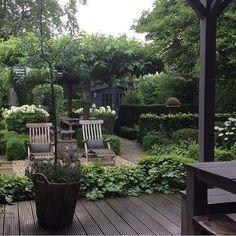 "617 likerklikk, 35 kommentarer – ★ D e W e m e l a e r ★ (@dewemelaer) på Instagram: ""Garden perfection! Repost from @anja_otto_interieur #outdoor #garden #tuintjekijken…"""