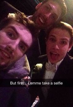 Beau Bennett & Robert Bortuzzo selfie..... I'm actually crying right now!!!!! I freaking love my Penguins so much!!!
