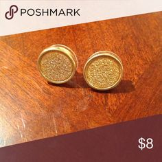 🎉HOST PICK🎉 Rose Gold Pave Textured Earrings Brand new, never worn ....(The more you buy, the more I lower my prices so bundle & save!!) Jewelry Earrings