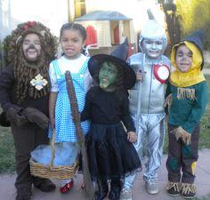 Wizard of Oz kids group costume idea!! :)