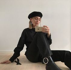 Discover recipes, home ideas, style inspiration and other ideas to try. Fashion Killa, Girl Fashion, Fashion Outfits, Womens Fashion, Fashion Trends, Looks Style, My Style, Cute Girl Outfits, Mode Inspiration