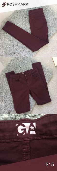 Garage | Maroon Jeggings Garage Maroon High rise Straight Jeggings! Stretchy material. A gorgeous color for the fall/winter season. Looks great with sweaters and scarfs with booties. Amazing condition. Size 5 but fit more like a 4. Garage Jeans Skinny