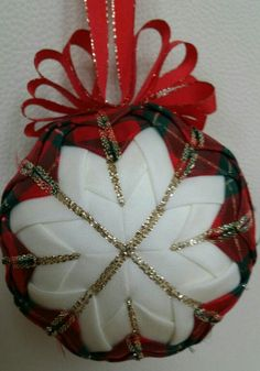 Christmas ball patchwork quilted