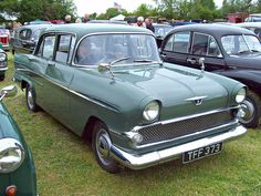 375 Vauxhall Victor F Series.II (1959-61) by robertknight16, via Flickr General Motors, Vintage Cars, Antique Cars, Automobile, Dog Leg, Weird Cars, Old Bikes, Car Photos, Rolls Royce