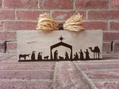 Nativity scene on a painted and distressed block by ABlockAway, $15.00
