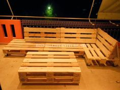 sofa para terraza hecho con palets