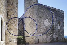 Felice Varini, Trois cercles excentrés, 2003