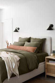 Boys Bedroom Decor, Home Bedroom, Bedroom Furniture, Bedroom Ideas, Bedroom Signs, Paint Furniture, Master Bedrooms, Furniture Makeover, Furniture Design