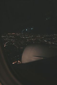 Night Aesthetic, City Aesthetic, Travel Aesthetic, Airplane Window, Airplane View, Airplane Photography, Travel Photography, Aesthetic Backgrounds, Aesthetic Wallpapers