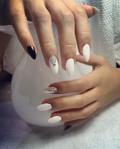 #anisaty #nails #design #art #polish #extension #acrylic #essie #salon #sharjah #uae