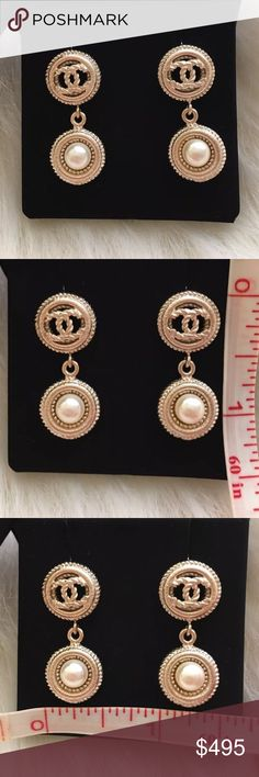 Auth Chanel 2016 CC Logo Dangle Pearl Earrings GHW Pristine condition! Comes with box only. Misplaced dust cover. 100% GUARANTEED AUTHENTIC! PHOTOS ARE TAKEN OF THE EXACT SAME ITEM YOU WILL RECEIVE! WHAT YOU SEE IS WHAT YOU GET*** PLEASE VISIT OUR WEBSITE AT WWW.AUTHENTICLUXURIESTW.COM or email me at authenticluxuries11@gmail.com for more detailed photos =). CHANEL Jewelry Earrings