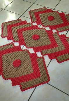 Crochet Placemats, Crochet Kitchen, Bohemian Rug, Projects To Try, Elsa, Blanket, Holiday Decor, Kitchen Items, Bathrooms