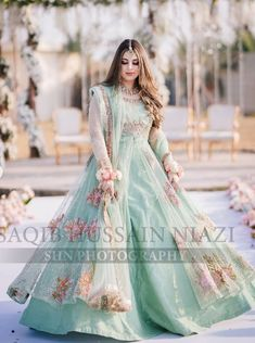 Asian Wedding Dress Pakistani, Beautiful Pakistani Dresses, Party Wear Indian Dresses, Pretty Quinceanera Dresses, Pakistani Fashion Party Wear, Designer Party Wear Dresses, Wedding Dresses For Girls, Pakistani Dress Design, Beautiful Dresses