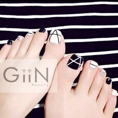 #nail #nails #nailart #nailpolish #naildesign #nailswag #pedicure #fashion #beauty #nailstagram #nailsalon #instanails #nails2inspire #stonenails #ネイル #art #gelnail #cute #gelnails #polish #style #gel #naildesigns #instanail #pretty #lines #simplenails #nailtech  #painting