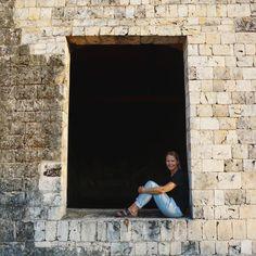 Found this photo of myself in the Dutch fort in Jaffna Sri Lanka. Brings back good memories  Had such a great time in the North part of Sri Lanka it's a hidden gem.  #travel #tbt #srilanka #jaffna #wanderer #wanderlust #igtravel #photooftheday #traveltip #reizen #travelgram #travelstoke #asia #igasia by isabelmosk