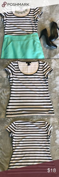 "White House Black Market Top This is a lined top. Solid white underneath, and then the top layer is white with black ""lace"" stripes. Very flattering fit. Recently dry cleaned and not worn since (note the purple tag). White House Black Market Tops Blouses"