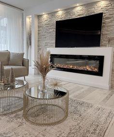 Living Room Decor Fireplace, Decor Home Living Room, Home Fireplace, Living Room Designs, Home Room Design, Home Interior Design, House Design, Living Room Inspiration, Home Decor Inspiration