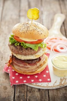 Check out what I found on the Paula Deen Network! Big Mike Burger http://www.pauladeen.com/recipes/recipe_view/big_mike_burger