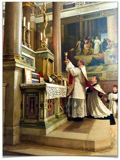 Messe du pèlerinage du Rosaire hier soir à Notre-Dame-de-Lorette (Paris IX)