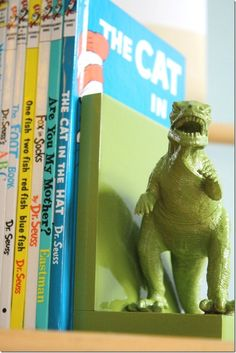 Dinosaur toy bookend DIY