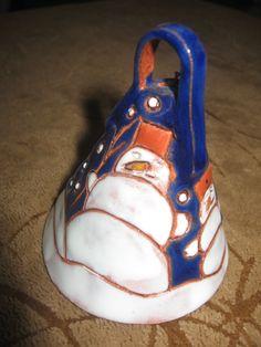 zvoneček z keramiky