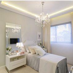 Boa noite! Até amanhã!! 💤✨💤 Foto do IG @arquitetareoficial. #inspirandoepirando #decor #decoration #decorating #design #designer #interiordesign #instadesign #home #instadecor #instagood #instahome #architecture #architecturelovers #love #homedecor #homesweethome #house #light #luxury #photooftheday #follow #archidaily  #interior #inspiration #bed #goodnight #white #amazing #beautiful