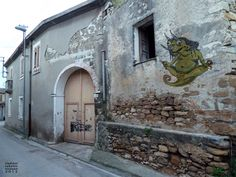 Master Chameleon - #street art by Viconart in Nuraminis, Sardinia - print on thin rice #recycled paper soaked in flour water and applied to the surface. Con-Temporary #Graffiti!