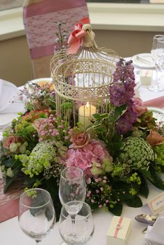 Flower Design Events: Vintage Pink Birdcage table design.