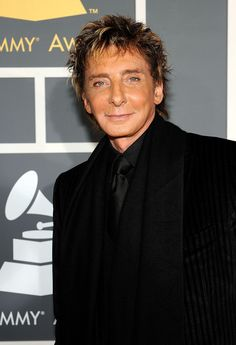 barry manilow current photos | ... barry manilow singer barry manilow arrives at the 51st annual grammy
