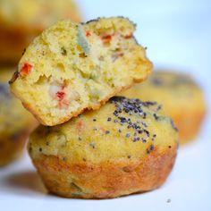 Estos muffins de langostinos fáciles de preparar son exquisitos.  Una excelente alternativa para incluir en una picada. Con un toque de curry y vermouth seco que le dan mucho sabor y hacen que sean únicos.