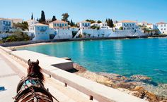 Greek islands travel guides will help you plan your holidays in Greece, whether you're looking for beautiful beaches, history or outdoor activities. Battle Of Salamis, Greek Burger, Island Horse, Historical Monuments, Horse Drawn, Archipelago, Greek Islands, Ancient Greek, Homeland