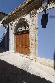 Ingresso - Via Spadaro, 2
