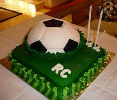 Bolo de aniversário rapaz - http://www.boloaniversario.com/bolo-de-aniversario-rapaz/