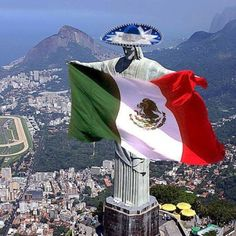 Gold for Mexico!!!! Mexican flag in Brazil