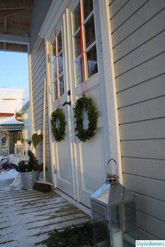 entre Ladder Decor, Christmas Time, Outdoor Structures, Wreaths, Plants, Glad, House, Home Decor, Ideas