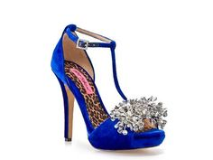 .need these Betsey's to go with my lace rockabilly wedding dress