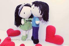 pareja de muñecos riquiños, amigurumis novios,  tejidos por artesesa