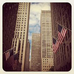 "@rosebudblues's photo: ""#rockefeller #american #flags #manhattan #nyc #newyork #usa #buildinglover #photooftheday #picoftheday #instamood #igaddict"""