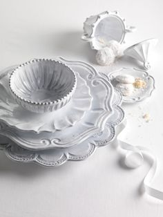 European Dinner Plate (Ruffle) by Vietri