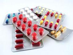 Sfaturi generale legate de medicamente și farmaciști     Medicamentele sunt foarte importante pentru majoritatea persoanelor fiind folosite de la o banală durere de cap pană la boli grave. Atunci când mergeți la farmacie totuși trebuie să țineți cont de faptul că farmacia nu este un magazin. Mai mult decât atât farmaciștii nu sunt niște vânzători ci vă pot oferi sfaturi valoroase pentru sănătatea dumneavoastră despre cum trebuie să administrați medicamentele prescrise. Aceste sfaturi le…