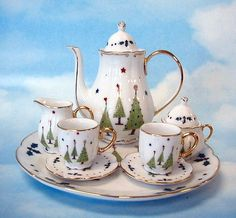 Charming Christmas Tea Set