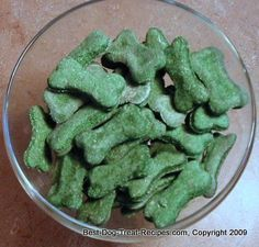 Mint Apple Mini Bones Recipe. These Christmas dog treats make great gifts for the dogs in your life.