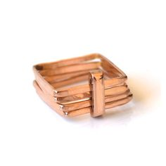 The Firenze square ring is not the usual ring. It's contemporary and edgy, still being feminine and sophisticated. A unique design handcrafted in rose gold with 4 square bands hammered and stacked together with a bar across. Types Of Wedding Rings, Wedding Ring Styles, Wedding Rings Vintage, Types Of Rings, Vintage Rings, Sapphire Wedding Rings, Contemporary Engagement Rings, Square Rings, Eternity Ring