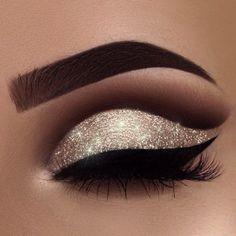 glittery eye makeup #glitter #makeup #eyemakeup #neutral
