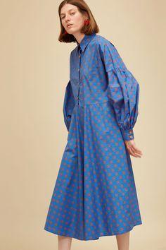 Bishop Dress in Royal Blue French Floral Cotton Poplin Modesty Fashion, Hijab Fashion, Fashion Dresses, Chic Dress, Dress Up, Pakistani Fashion Casual, Fashion Silhouette, Casual Dresses, Summer Dresses