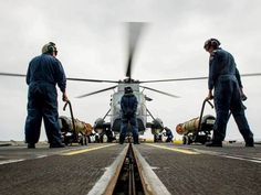 RCN Hot torpedo load training on board HMCS REGINA