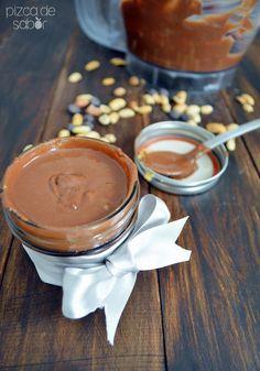 Crema o mantequilla de cacahuate con chocolate (peanut butter) www.pizcadesabor.com