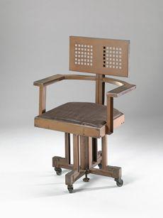 Frank Lloyd Wright                (American                  ,                  1867                  -                  1959)            Armchair, made for Larkin Building, Buffalo, New York1904-06